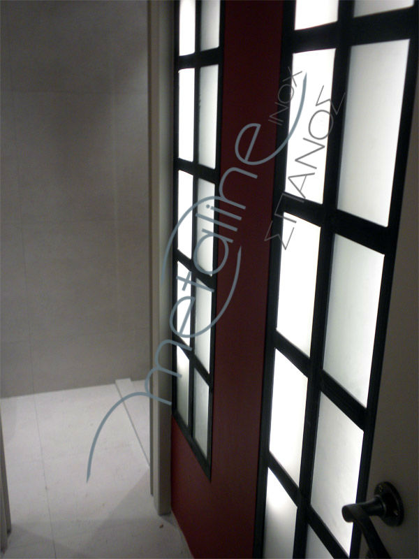 Μεταλλικές πόρτες καρέ